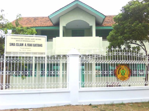 Gedung Sekolah Tampak Depan